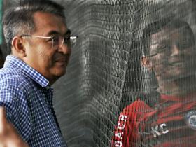 MANAJER AREMA FC: INDUSTRI SEPAK BOLA INDONESIA BENDERA SETENGAH TIANG GARA-GARA PANDEMI CORONA!